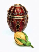 scl-fifteen-magnificent-faberge-eggs-1895-rosebud