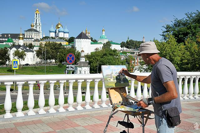 Artist Paints Architectural Ensemble of Lavra in Summer Morning
