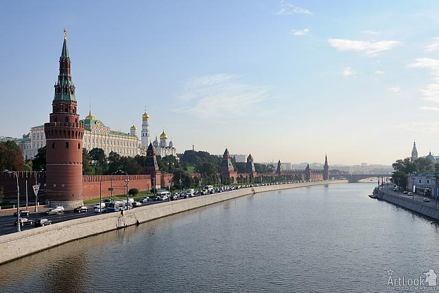 Moscow Kremlin – The Fortress on the Left Bank of Moskva River