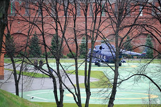 Landing president putin's mi-8 helicopter»