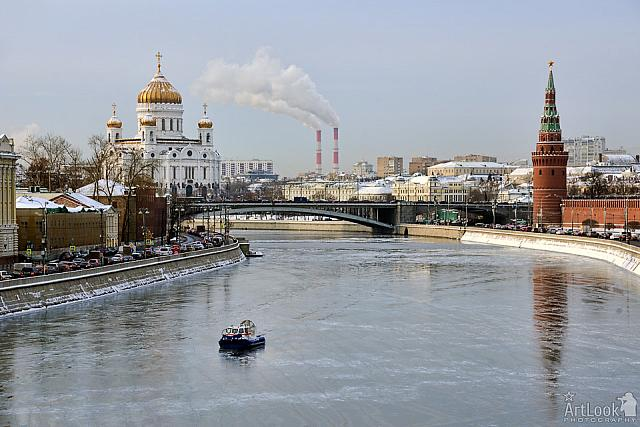 Hovercraft on the Frozen Moscow River