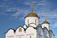 Helmet Domes of Intercession Church in Suzdal under Cirrus Cloud