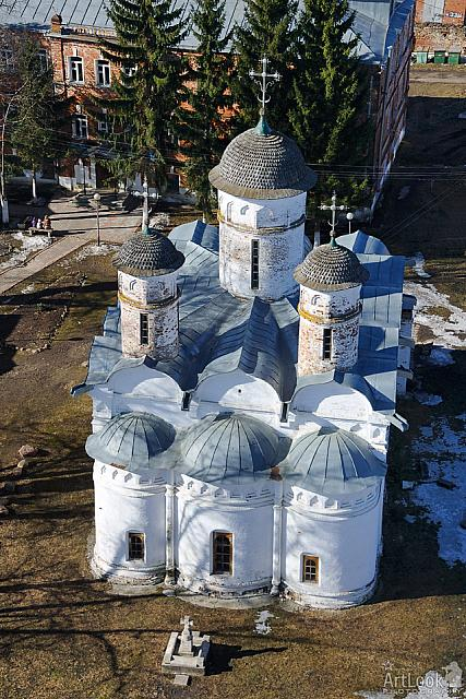 Deposition Cathedral with Three Helmet-Style Domes. March 2014