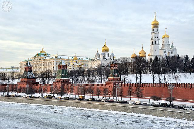 Moscow Kremlin Embankment in Winter