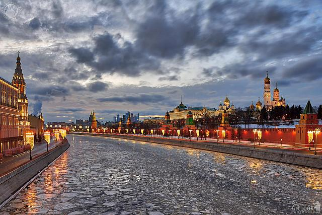 Panorama of Icy Moskva-River and Moscow Kremlin in Winter Twilight
