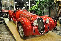 Red Alfa-Romeo 8C2900B. Front Angle View