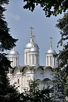 Twelve Apostles' Church Cupolas framed by trees (Moscow Kremlin)