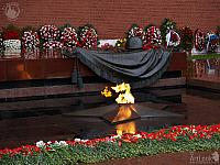 Flowers and Floral wreaths to Defenders of Motherland