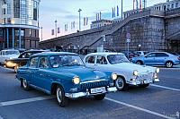 Moscow Tours in Soviet Retro Cars Volga GAZ-21