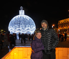 On Manezhnaya Square Before Catholic Christmas